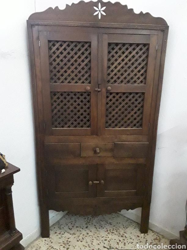 ANTIGUA RINCONERA (Antigüedades - Muebles Antiguos - Armarios Antiguos)