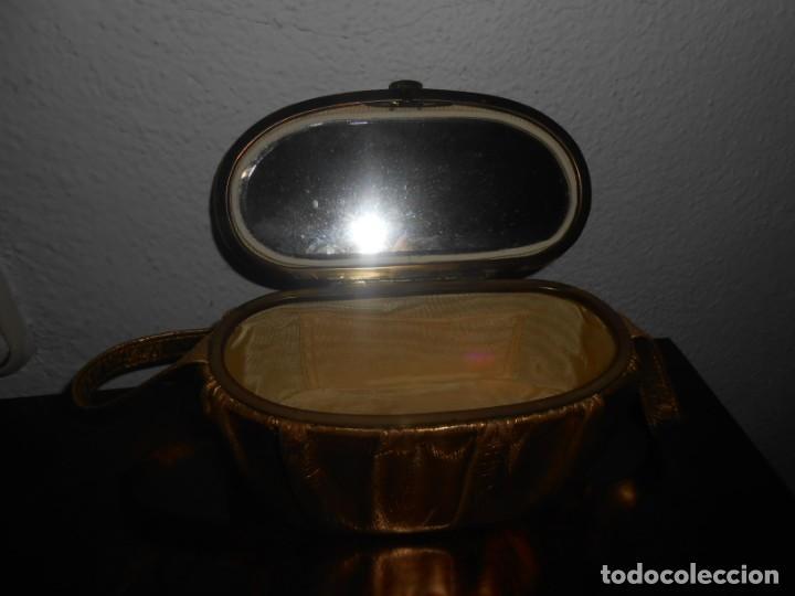 Antigüedades: BONITO BOLSITO DE MUJER DE PIEL ANTIGUO - Foto 2 - 141208174
