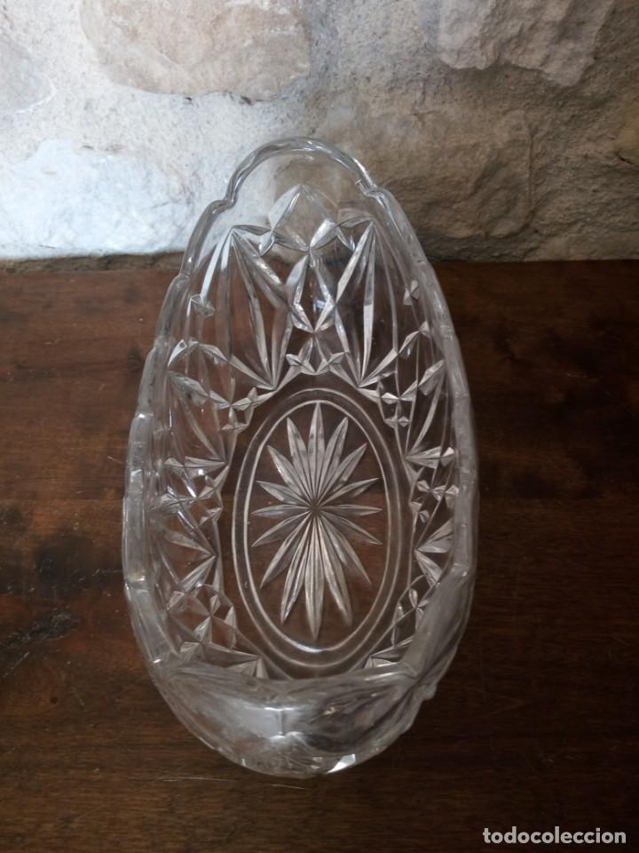 Antigüedades: Centro de mesa de cristal tallado. - Foto 3 - 141292402