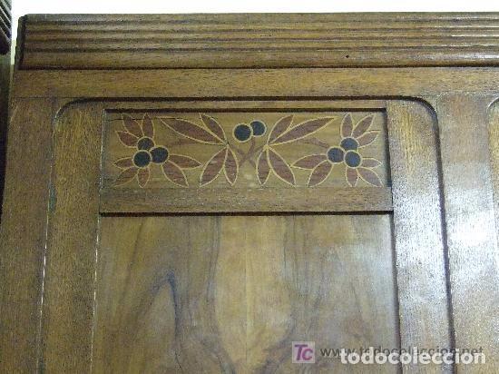Antigüedades: SOFA-VITRINA MODERNISTA CON MARQUETERIA Y TALLA EN ROBLE-GASPAR HOMAR ? - Foto 18 - 141309978
