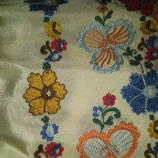 Antigüedades - Antiguo Delantal bordado ideal para indumentaria - 141312054