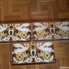 Antigüedades: 3 ANTIGUOS AZULEJOS DE CERAMICA ESMALTADA, DE SEVILLA. Lote 141477789