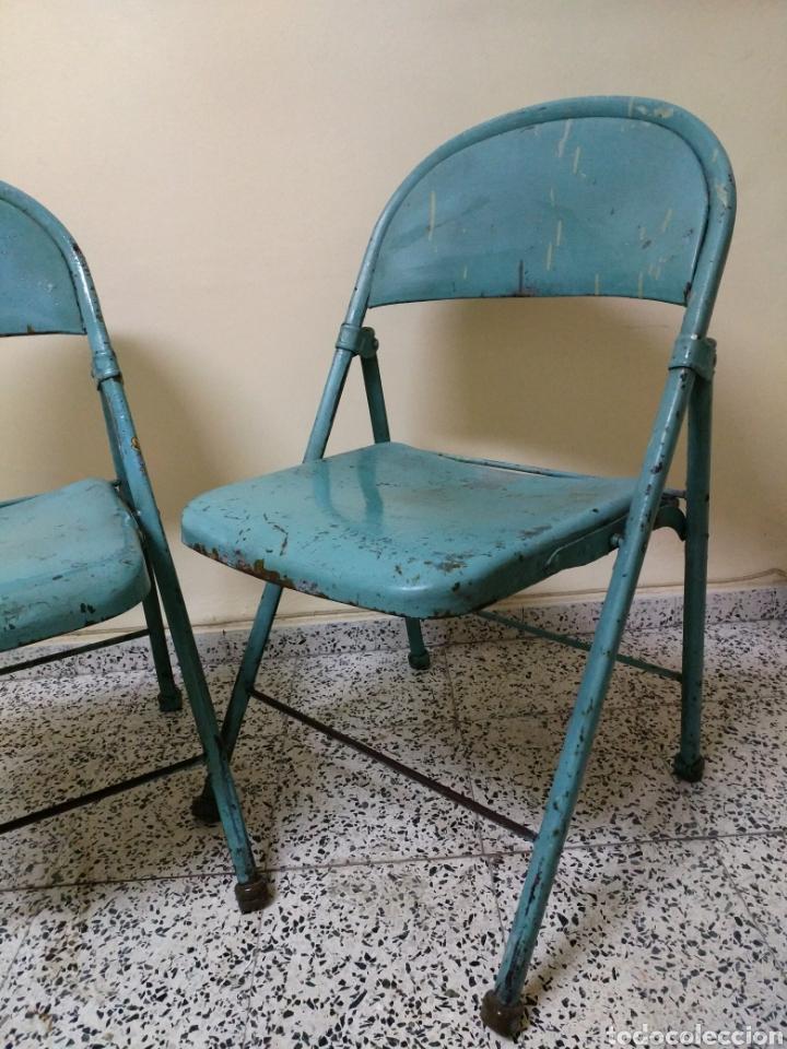 Antigüedades: Pareja de sillas plegables metalicas, Vintage - Foto 2 - 141522746
