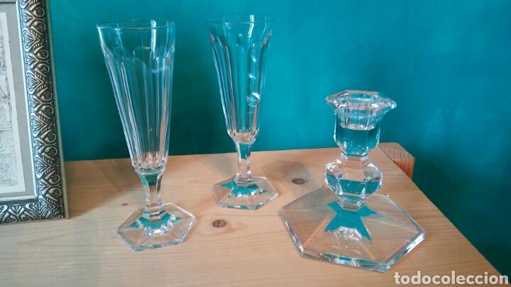 Antigüedades: 3 piezes cristal (portavelas com firma Val Saint Lambert) y 2 copas cristal. - Foto 2 - 141537146