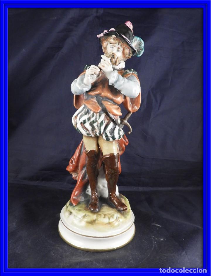 FIGURA DE PORCELANA S MALLOL FLAUTISTA (Antigüedades - Porcelanas y Cerámicas - Otras)