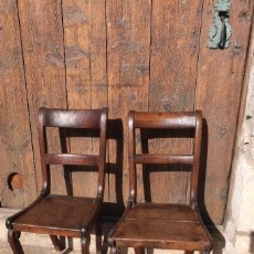 Antigüedades: DOS SILLAS DE NOGAL ESTILO RÚSTICO DEL SIGLO XIX.. Lote 141633322