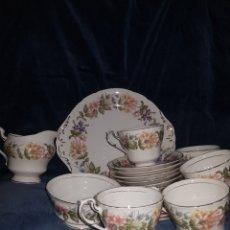 Antigüedades: JUEGO DE CAFÉ O TÉ EN PORCELANA INGLESA PARAGON. Lote 141706212