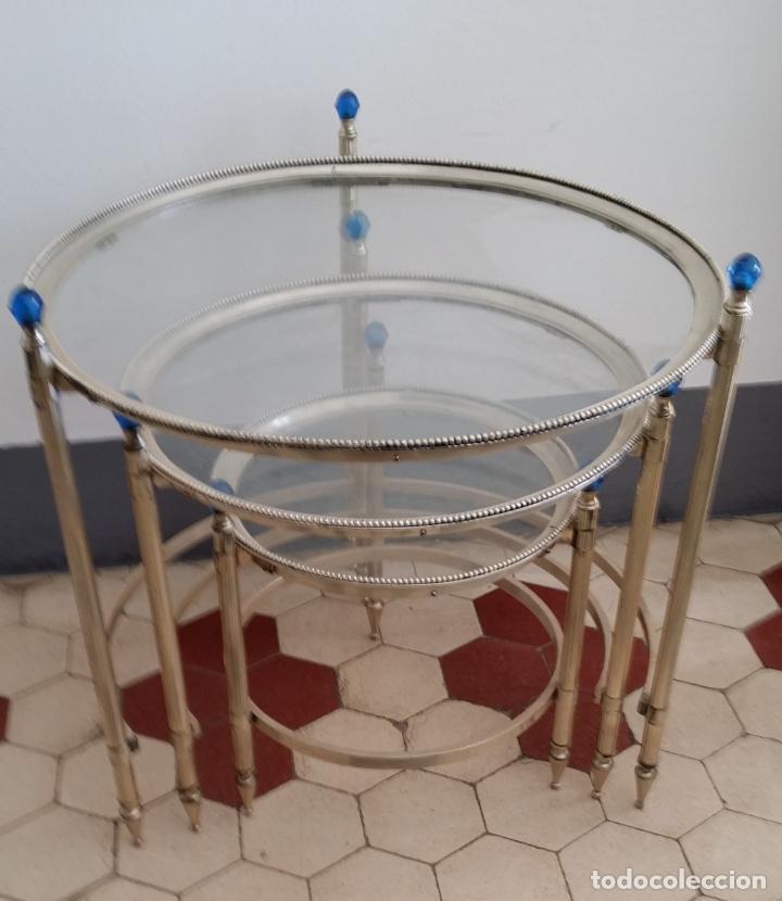 Antigüedades: Tres (3) antiguas mesas / mesitas nido - Foto 5 - 141724526