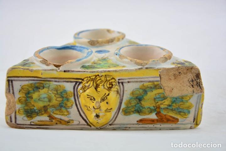 ESPECIERO TRIANGULAR SIGLO XVII TALAVERA (Antigüedades - Porcelanas y Cerámicas - Talavera)