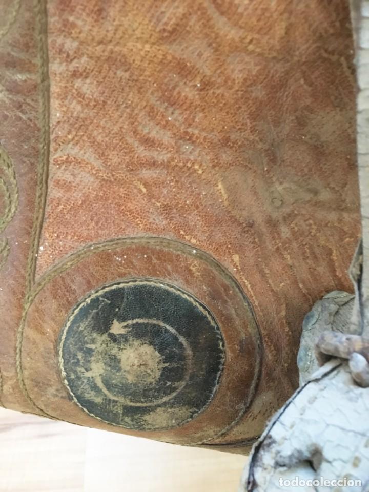 Antigüedades: EXCEPCIONAL SILLA DE MONTAR O MONTURA PARA DAMA (NOVIA?), S.XIX, DE UN MAESTRO GUARNICIONERO DE VIC - Foto 10 - 141760850