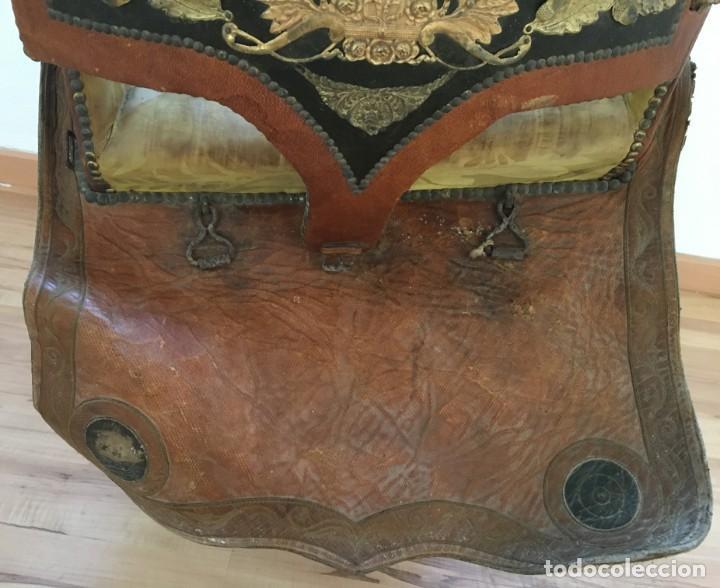 Antigüedades: EXCEPCIONAL SILLA DE MONTAR O MONTURA PARA DAMA (NOVIA?), S.XIX, DE UN MAESTRO GUARNICIONERO DE VIC - Foto 17 - 141760850