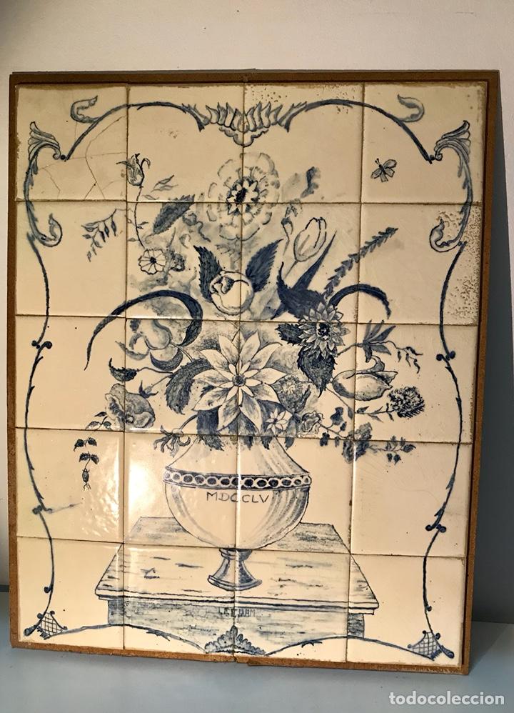 Antigüedades: Panel cerámico. Bodegón floral azul cobalto. Cerámica Delft al estilo del siglo XVIII. - Foto 2 - 141762253