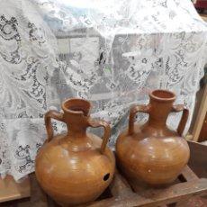 Antigüedades: CANTARERA DE MADERA CON DOS CÅNTARAS. Lote 141779808