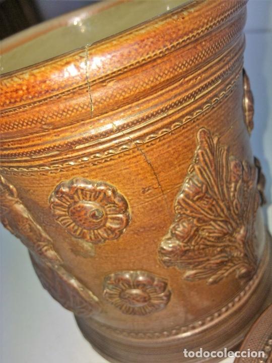 Antigüedades: FRASCO CON TAPA. CERÁMICA DE REFLEJOS METÁLICOS. ESTILO ROMANO. MANISES. ESPAÑA. XIX-XX - Foto 9 - 141787502