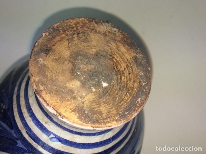 Antigüedades: PEQUEÑO JARRÓN. CERÁMICA ESMALTADA EN AZUL. MANISES. ESPAÑA. XIX-XX - Foto 6 - 141801042