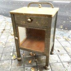 Antigüedades: MESITA DE NOCHE MODERNISTA. Lote 141805582