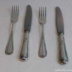 Antigüedades - Juego de dos cuchillos y dos tenedores de alpaca,Meneses. - 141814270