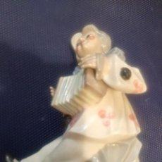 Antigüedades: FIGURA DE PORCELANA TENGRA. Lote 141854986
