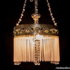 Antigüedades: LAMPARA DE TECHO DE BRONCE Y CRISTALES. Lote 141899682