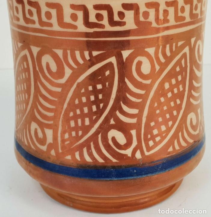 Antigüedades: ALBARELO. CERÁMICA ESMALTADA CON REFLEJOS. GIMENO RIOS. MANISES. SIGLO XX. - Foto 4 - 141918062