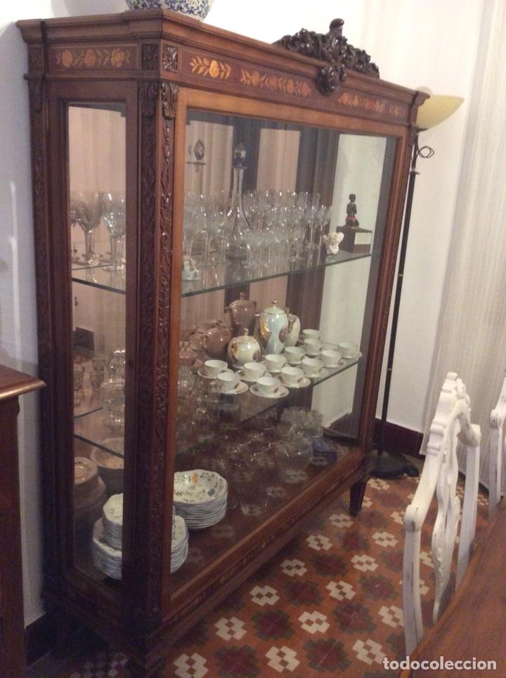 MUEBLE VITRINA EXPOSITOR CON LUZ (Antigüedades - Muebles Antiguos - Vitrinas Antiguos)