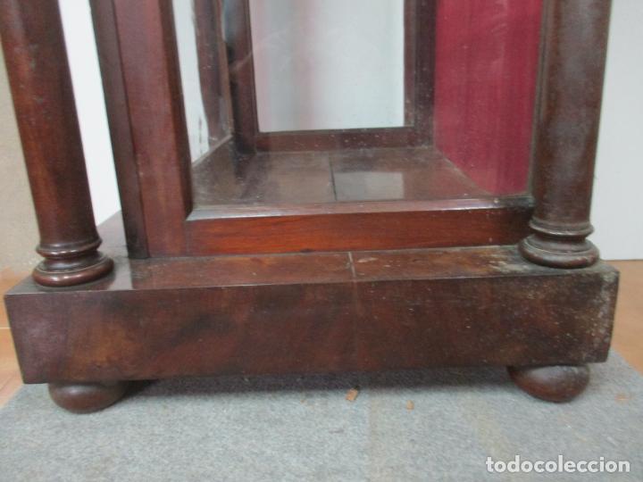 Antigüedades: Bonita Capilla, Vitrina Isabelina - para Virgen, Santo - Madera de Caoba - S. XIX - Foto 12 - 150332054