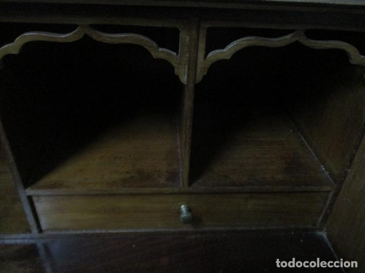 Antigüedades: Escritorio - Vitrina, Librería - Estilo Victoriano - Madera de Caoba - Años 40 - Foto 20 - 142020958