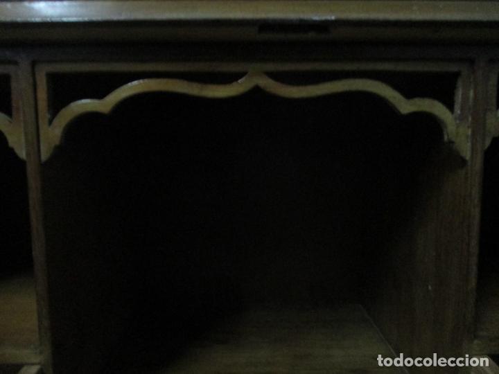 Antigüedades: Escritorio - Vitrina, Librería - Estilo Victoriano - Madera de Caoba - Años 40 - Foto 21 - 142020958