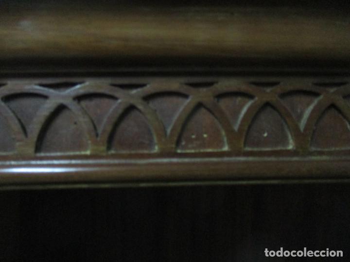 Antigüedades: Escritorio - Vitrina, Librería - Estilo Victoriano - Madera de Caoba - Años 40 - Foto 29 - 142020958