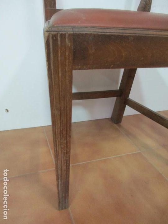 Antigüedades: 8 Sillas de Comedor - Silla Madera Sapeli - Fina Talla de madera - Tapicería en Piel - Años 40 - Foto 7 - 157318212