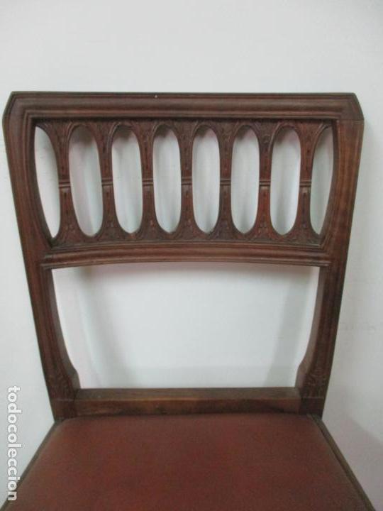 Antigüedades: 8 Sillas de Comedor - Silla Madera Sapeli - Fina Talla de madera - Tapicería en Piel - Años 40 - Foto 8 - 157318212