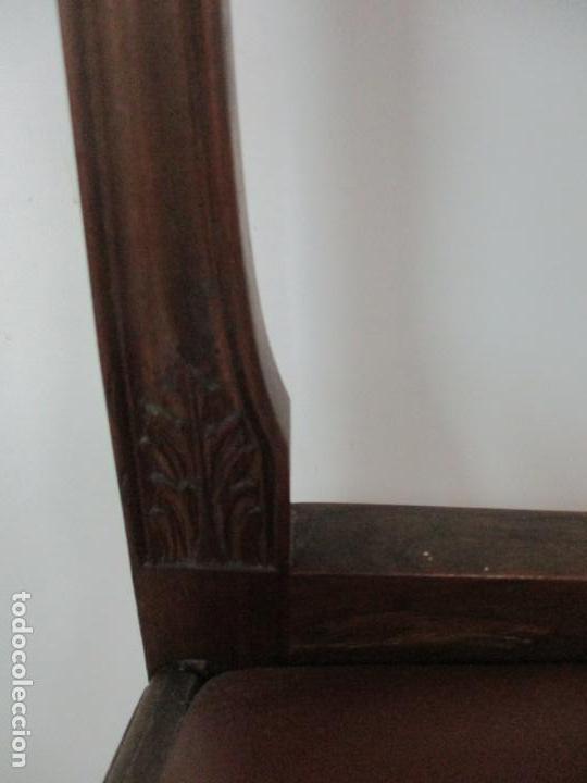 Antigüedades: 8 Sillas de Comedor - Silla Madera Sapeli - Fina Talla de madera - Tapicería en Piel - Años 40 - Foto 12 - 157318212