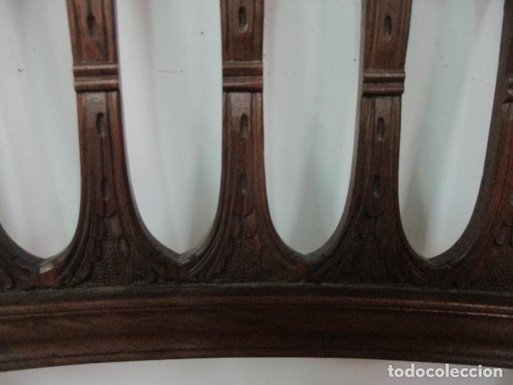 Antigüedades: 8 Sillas de Comedor - Silla Madera Sapeli - Fina Talla de madera - Tapicería en Piel - Años 40 - Foto 13 - 157318212
