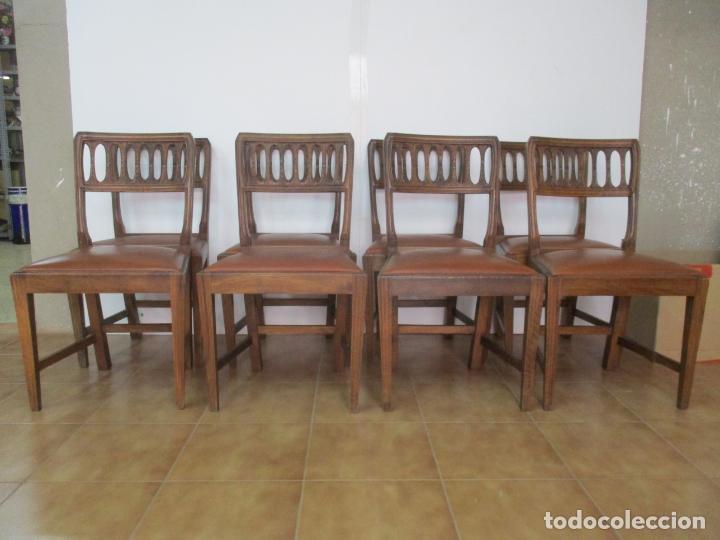 Antigüedades: 8 Sillas de Comedor - Silla Madera Sapeli - Fina Talla de madera - Tapicería en Piel - Años 40 - Foto 19 - 157318212