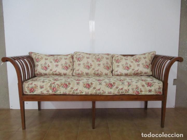 Antigüedades: Antiguo Sofá, Canapé Isabelino - Madera de Caoba - Marquetería - Bonita Tapicería - S. XIX - Foto 2 - 142025238