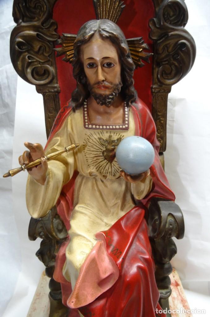 Antigüedades: Sagrado corazón entronizado. Estuco. - Foto 6 - 142047562