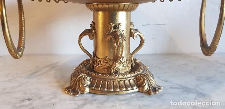 Antigüedades: CENTRO DE MESA FRUTERO EN BRONCE - Foto 2 - 142115778