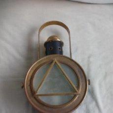 Antiquitäten - FAROL O FARO DE TREN, ELECTRIFICADO, HIERRO Y LATÓN, LÁMPARA FERROVIARIA, FOCO TIPO INDUSTRIAL RETRO - 142159526