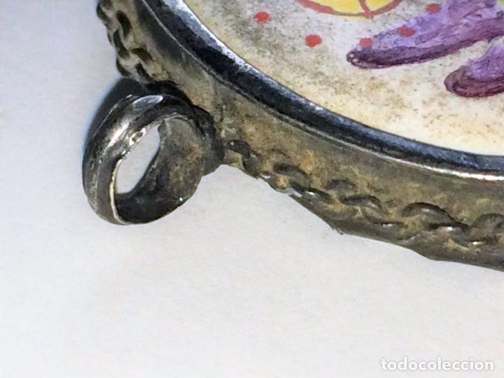 Antigüedades: RELICARIO-MEDALLÓN. VIRGEN DE MONTSERRAT. PLATA. COBRE ESMALTADO. ESPAÑA. XVIII-XIX - Foto 3 - 142170426