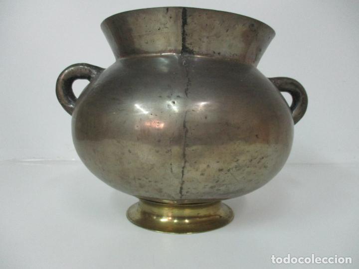 Antigüedades: Gran Olla Antigua - con Salvamanteles - Bronce - Patina Original - S. XVIII - Foto 3 - 142181238