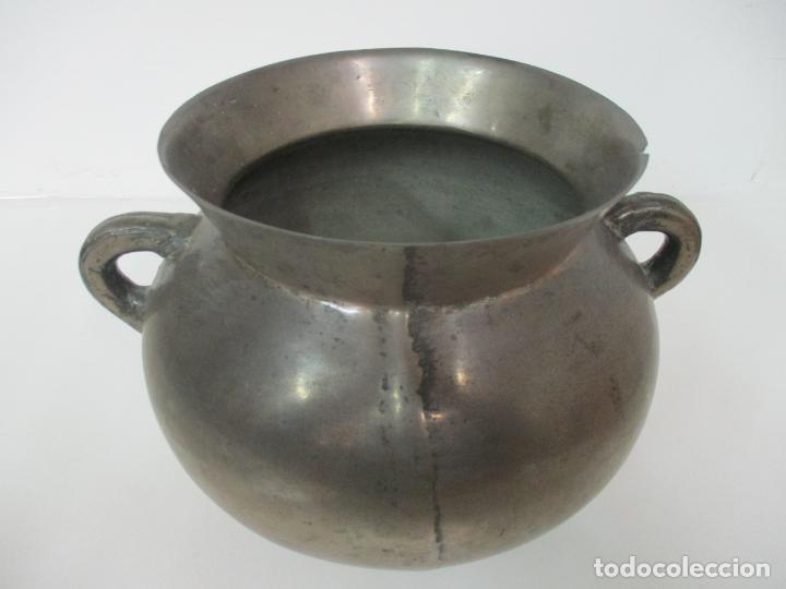 Antigüedades: Gran Olla Antigua - con Salvamanteles - Bronce - Patina Original - S. XVIII - Foto 13 - 142181238