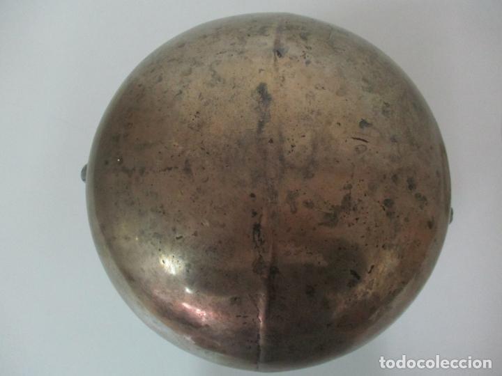 Antigüedades: Gran Olla Antigua - con Salvamanteles - Bronce - Patina Original - S. XVIII - Foto 21 - 142181238