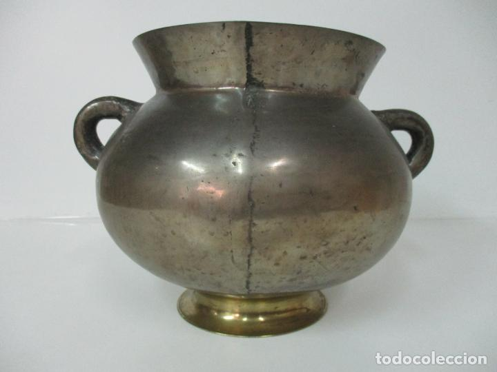 Antigüedades: Gran Olla Antigua - con Salvamanteles - Bronce - Patina Original - S. XVIII - Foto 26 - 142181238