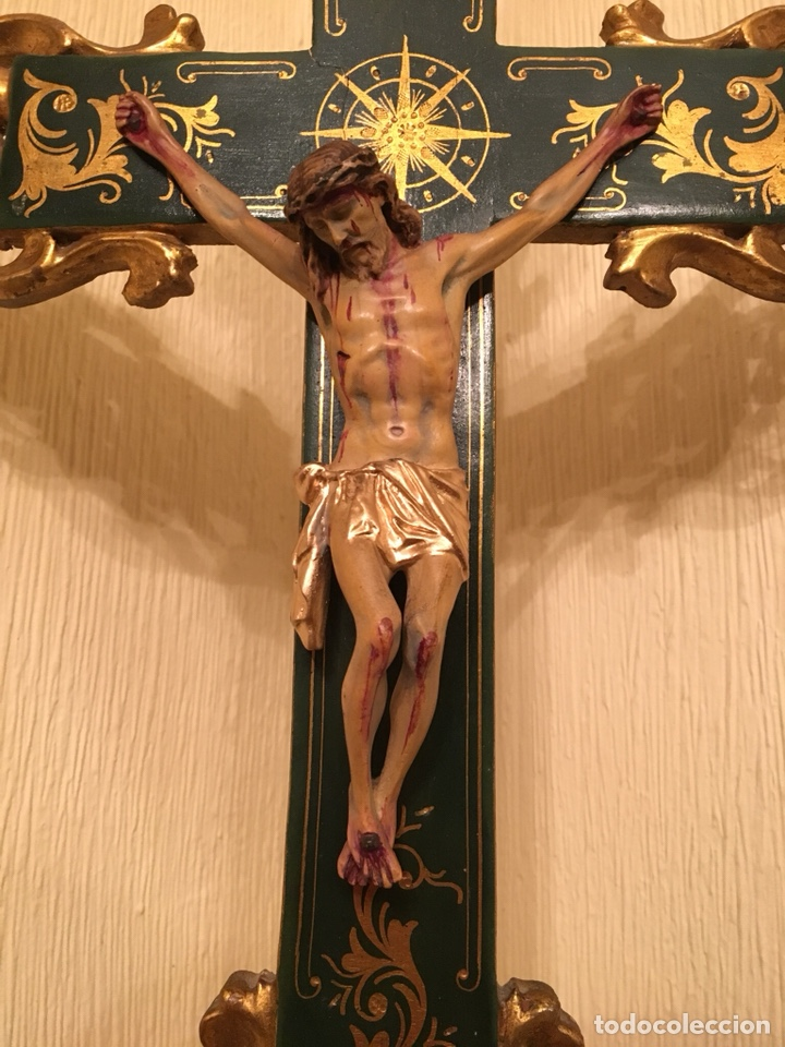 Antigüedades: Crucifijo de mesa cruz estofada en oro Cristo resina 70cm - Foto 2 - 142204498