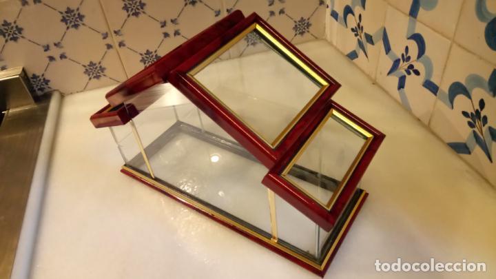Antigüedades: Antigua casa / invernadero de cristal con tapas de los años 70-80 - Foto 3 - 142212474