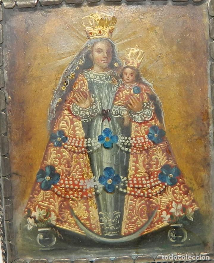 Antigüedades: Antiguo Relicario Lámina Cobre Arcángel Virgen Ampona Marco Plata - Foto 5 - 142213546