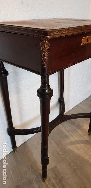 Antigüedades: COSTURERO CON DETALLES EN BRONCE Y MARQUETERIA - Foto 3 - 142264034