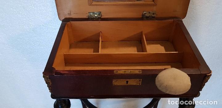 Antigüedades: COSTURERO CON DETALLES EN BRONCE Y MARQUETERIA - Foto 5 - 142264034