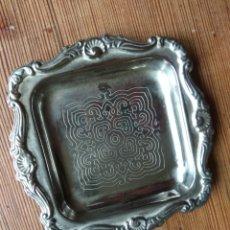Antigüedades: BANDEJITA DE ALPACA. Lote 142344638