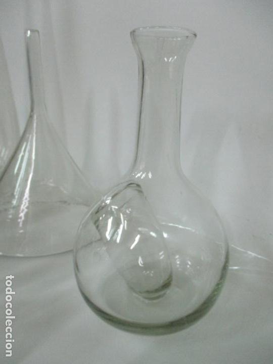 Antigüedades: Completo Lote de Frascos, Embudos, Probetas, Etc - Cristal Antiguo Farmacia, Laboratorio - Foto 8 - 142373450